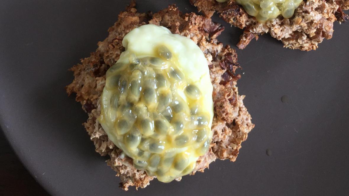 Havermouttaartje met mango en passievruchtvulling - Havermouttaartje met mango en passievruchtvulling