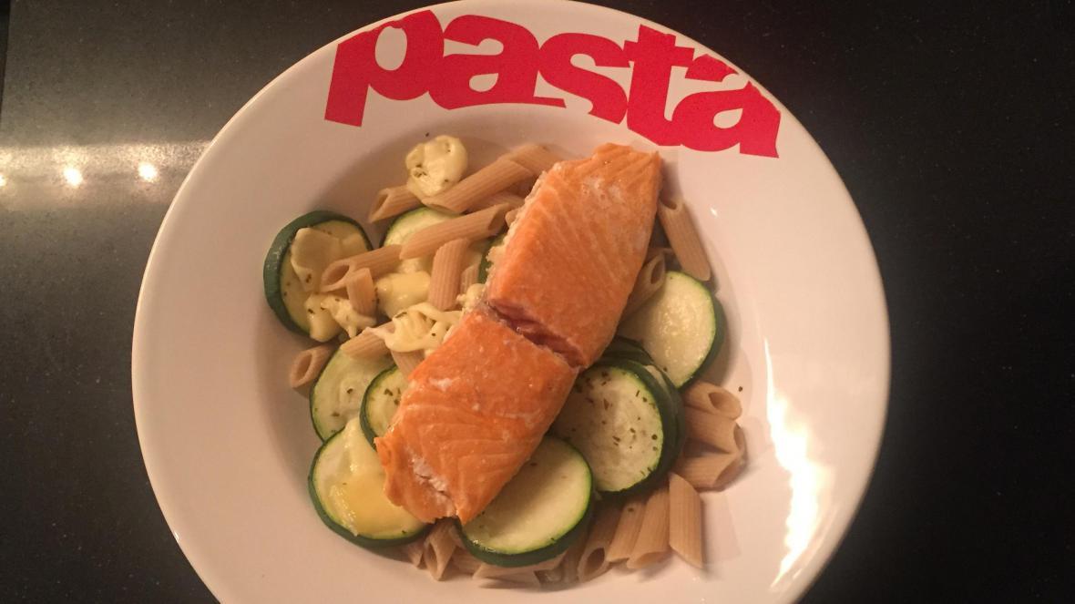 Zalm met courgette en pasta - Zalm met courgette en pasta